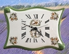 HORLOGE FAIENCE MODELE PARCHEMIN DECOR TRADITION MOUSTIERS P