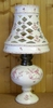 LAMPE BEC PETROLE ABAT JOUR CERAMIQUE DECOR MOUSTIER ROSE PM