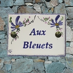 CERAMIC HOUSE PLAQUE BLUE FLOWERS DECORATION HORIZONTAL TEXT