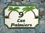HOUSE PLAQUE STYLE SMALL MODEL PALM TREES PAINT GREEN TEXT