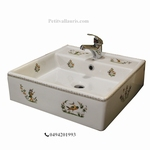 VASQUE A POSER EN PORCELAINE DECOR TRADITION VIEUX MOUSTIERS