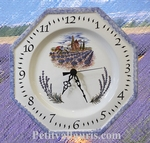 HORLOGE OCTOGONALE EN FAIENCE DECOR MOULIN ET LAVANDES
