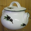 LITTLE COOKING-POT WHITE COLOR AND BLACK OLIVE DECORATION