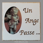 MORTUARY PLAQUE TO FIXED MODEL LITTLE WITH ANGEL DECORATION
