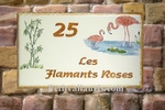 PLAQUE DE MAISON FAIENCE RECTANGLE DECOR FLAMANTS ROSES