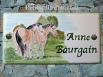 PLAQUE DE MAISON FAIENCE RECTANGLE DECOR CHEVAUX