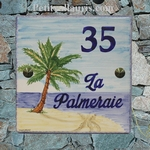 PLAQUE DE PAVILLON EN FAIENCE DECOR COCOTIER + PLAGE