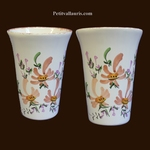 VERRE ( A DENTS ) DECOR FLEURS BEIGES